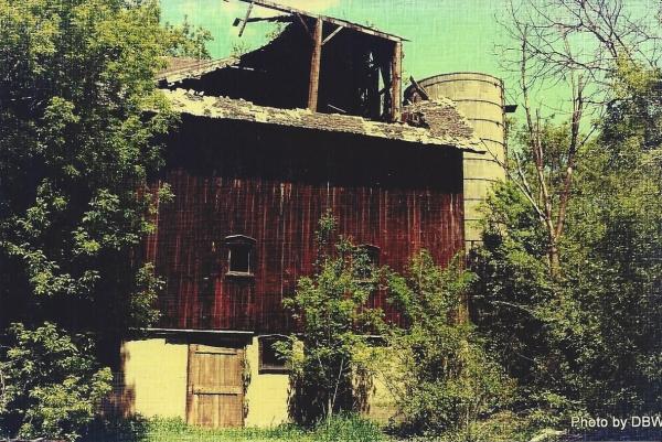 """""""Old Barn"""" by DBW aka Midteacher. Edited in Pixlr."""